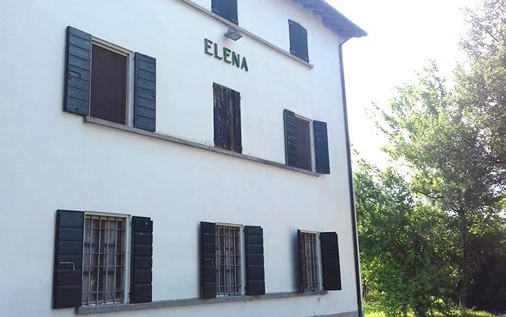 Società Agricola Bartoli Roberto e Federico: facciata della cascina Elena